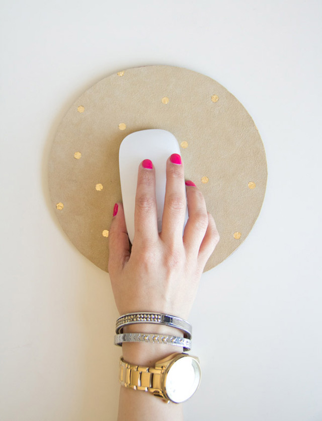 DIY polka dot mousepad