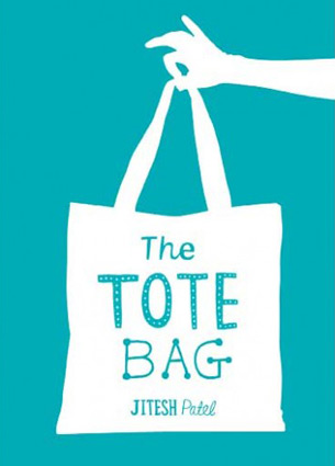 I am a real tote bag fan and have therefore a huge collection at home. Ranging from free (ugly) samples to very cool ones that I bought for myself. I always have one with me, just in case. This week I discovered that someone also wrote a book about the tote bag.