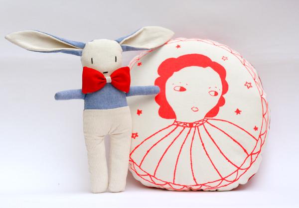 May pink cushion & blue Ozzie by Le train fantõme