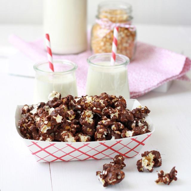 Recipe for chocolate pop corn