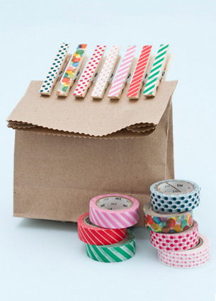 I know a lot of lovable webshops, but it's so nice to discover a new one sometimes. Like Papermash! Here you will find paper cups, paper plates, honeyballs, paper straws, stamps and washi tape in the most wonderful colours and prints.
