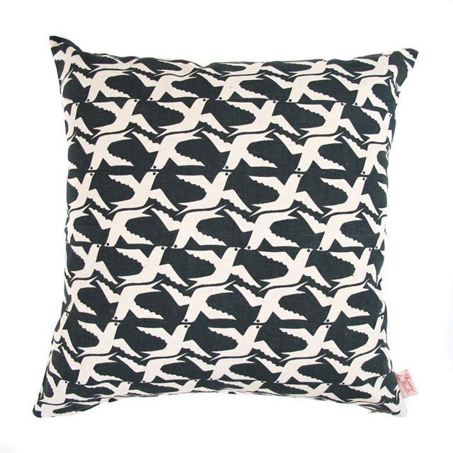 Cushion cover Cloudbirds (color blackbird)