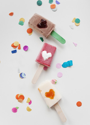 These popsicles are a real treat for a warm summer day. Check out more lovely things in this post.