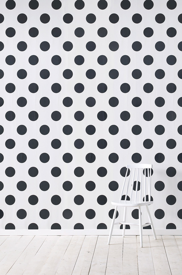 Join the dots in black & white, dessin by Ellos