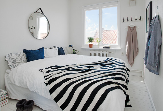 House 4 - Bedroom