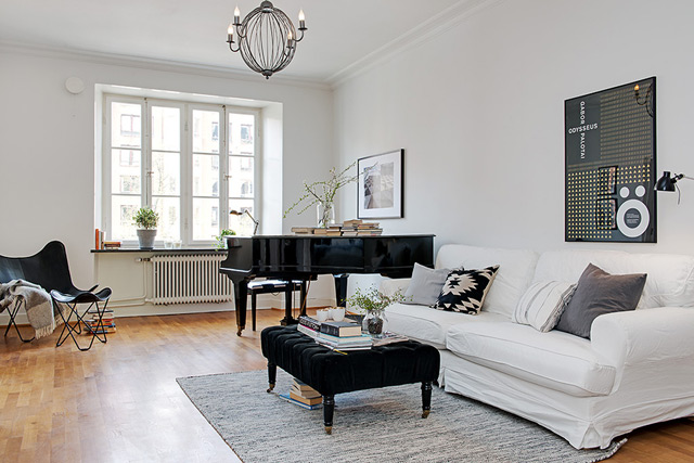 House 5 - Living room