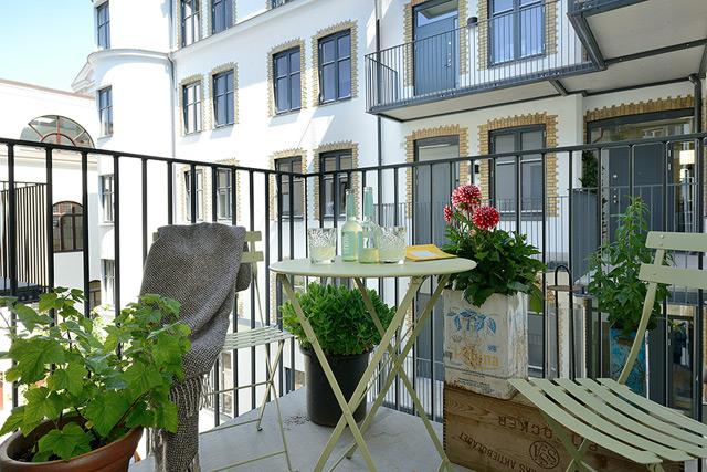 House3 - Balcony