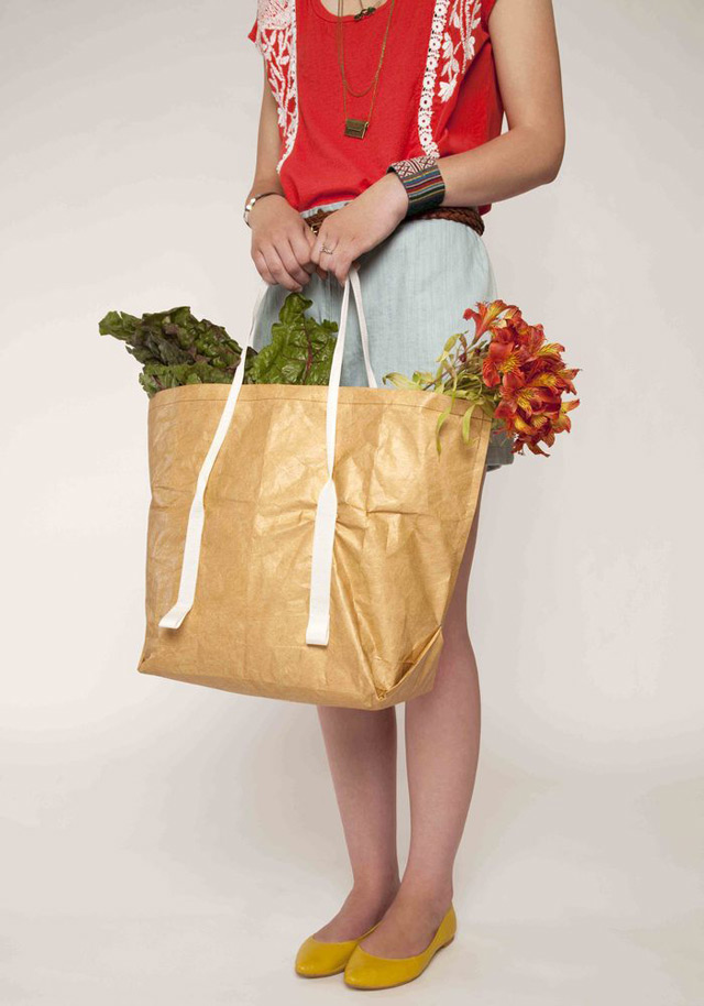 Reusable tote bag in brown/white by Mimot Studio
