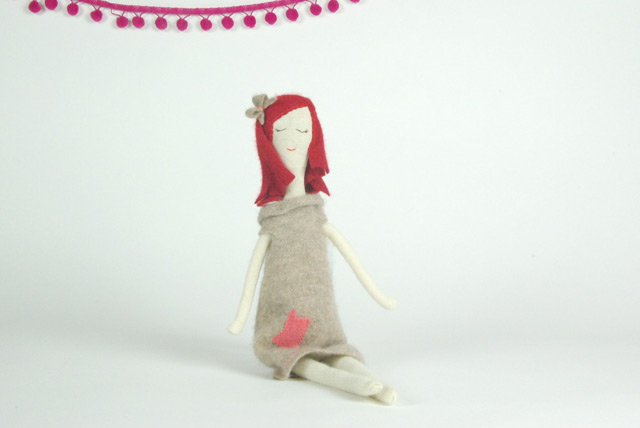 Let's meet rag doll Lucy!