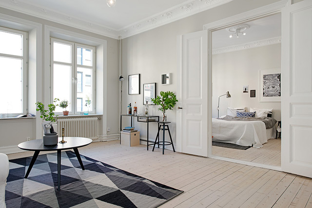 House 1 - Living & Bedroom
