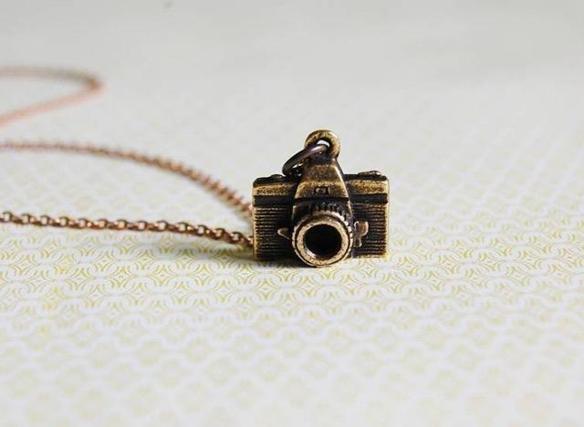 Photographer necklace - Rachel Gant