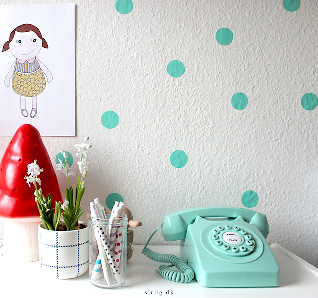 Wall with dots