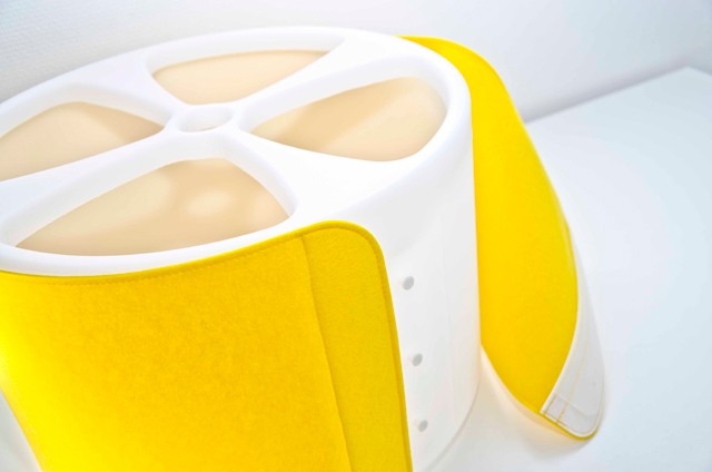 The DL 01 by Estall, dress your lamp!