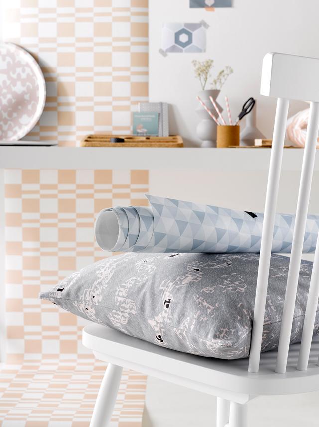 Wallpaper & cushions