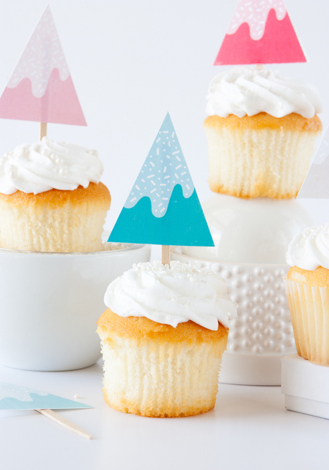 holiday-cupcake-toppers