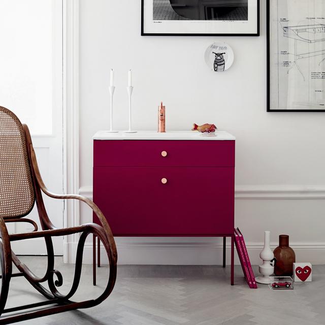 Swoon bathroom furniture - Side lingonberries