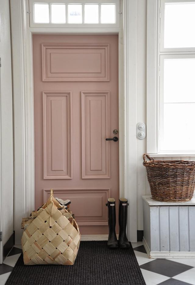 Wie wil er nou geen roze voordeur!